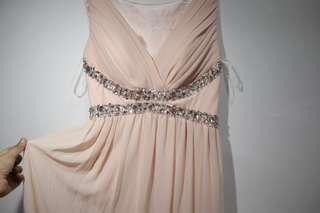 Party dress warna peach all size merk caroline kosasih