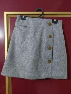 🚚 灰色短裙