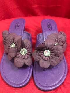 Violet sandals