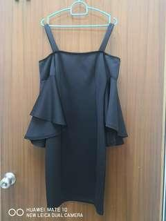 Off Shoulder Dress (black)