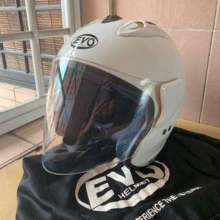 Evo Helmet