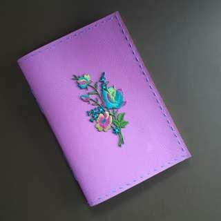 🚚 Floral applique handbound journal