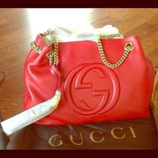 Gucci red soho leather shoulder bag with gold chain