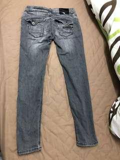 🚚 (可議)原價3500元、刷色牛仔褲、微窄版修身、中友百貨購入、BOBSON 專櫃牛仔褲、約9成新