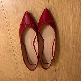 ♡過年出清♡三件兩百五含郵♡ GU 類似repetto的尖頭鞋兒M
