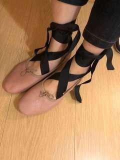 ♡過年出清♡三件兩百五含郵♡ ZARA 綁帶芭蕾舞鞋 MIUMIU款