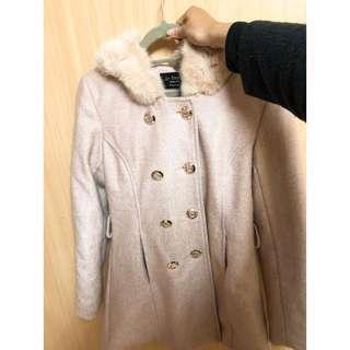🚚 毛領粉大衣