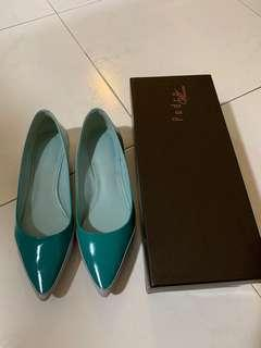 Pedro Pointed Flats in Turquoise