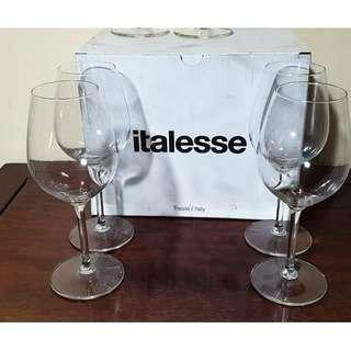 6+6 Wine Glass Holders And Glass Markers Luxuriant In Design