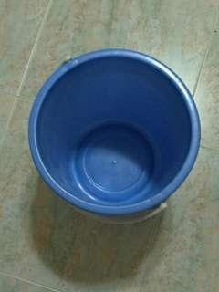 Bucket & Mug **Moving out Sale**
