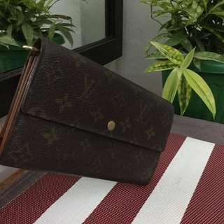 Authentic Louis Vuitton LV Long Wallet 2