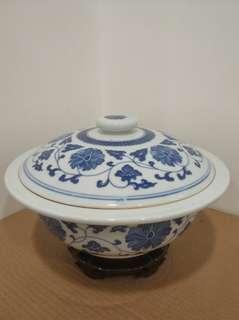 80年代 景德鎮 青花纏枝蓮 8吋半 湯窩 瓷器 餐具 (不含底座)