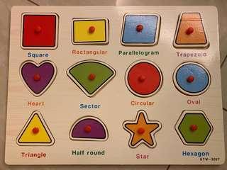 Wooden peg puzzle - shapes