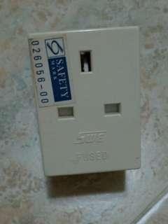 3-way plug Socket * Moving out sale*