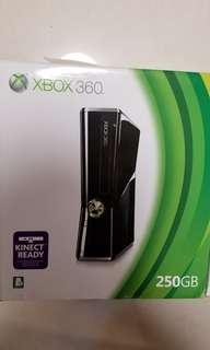 XBOX 360 Microsoft 250GB 主機 全新 無玩過