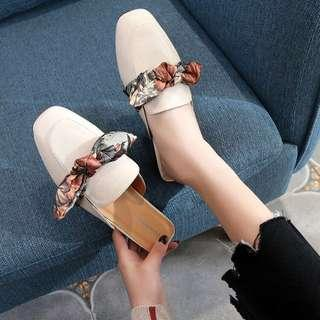Spring Flats with Bow