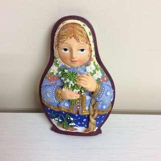 長髮婦女與小白花 磁石貼 裝飾 (全新) 購自俄羅斯