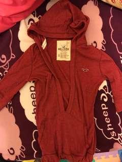🚚 Hollister 紅色上衣
