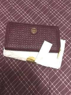 Authentic Tory Burch Bryant Zip Wallet
