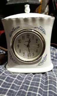 vintage ceramic clock & alarm design