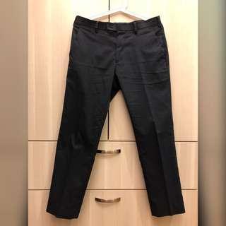 🚚 UNIQLO kando 特級輕型 西裝褲
