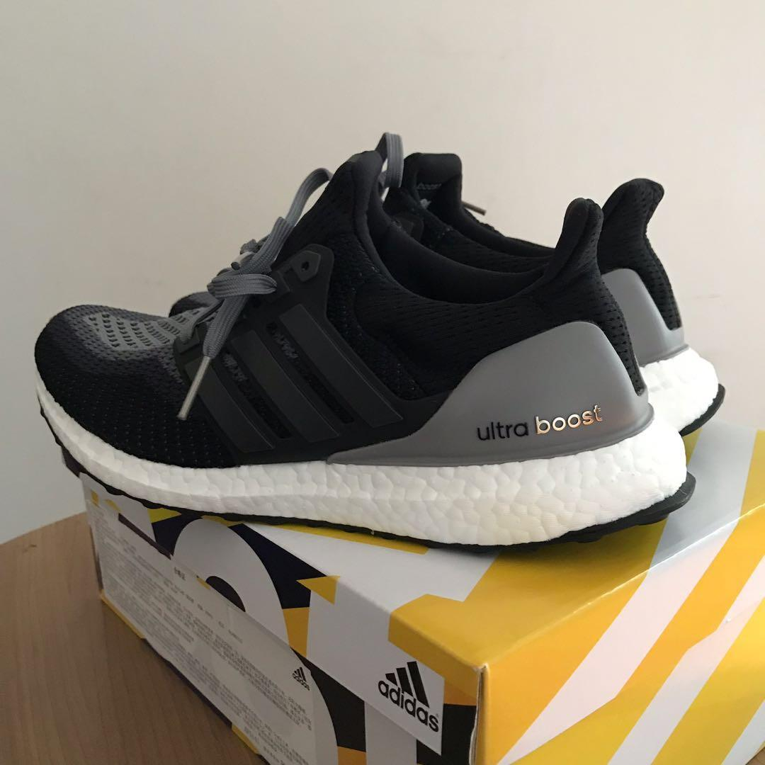 best website a5489 cc93f Adidas Ultra Boost W Core Black Grey Mens and Women Running ...