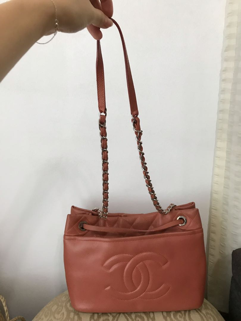 441df072ddd7 Authentic Chanel shoulder bag with double straps