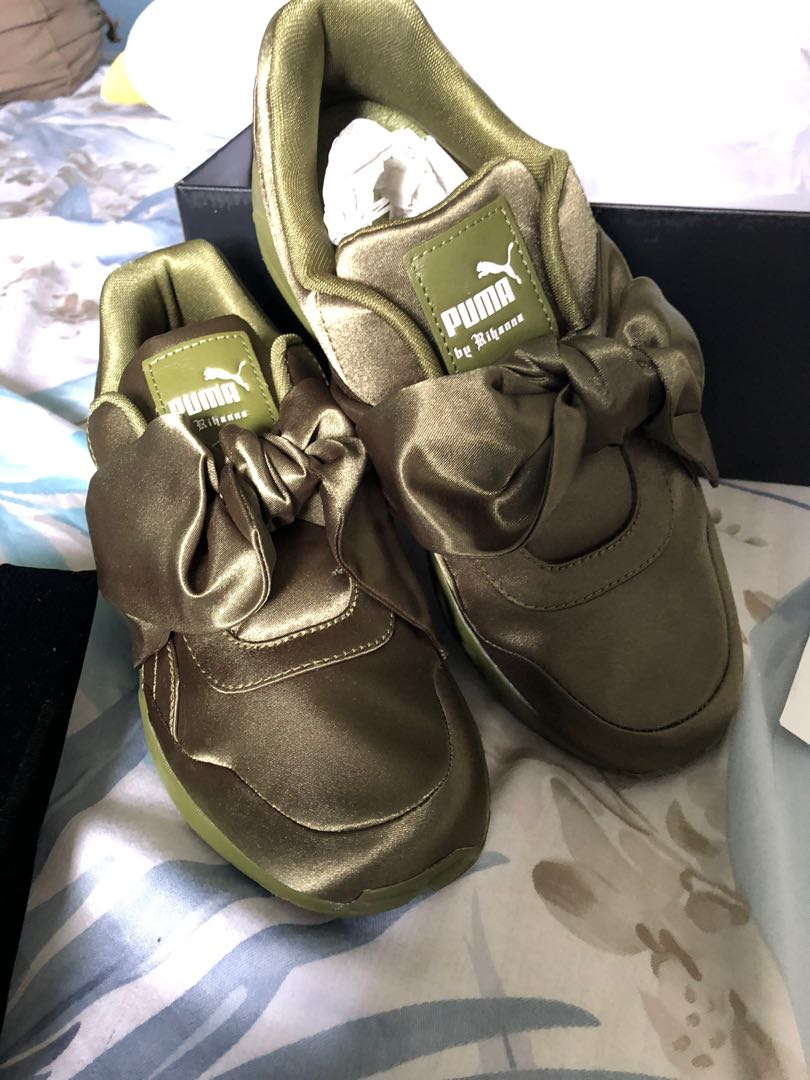 online store 58318 773ad Bn puma Fenty bow sneaker olive