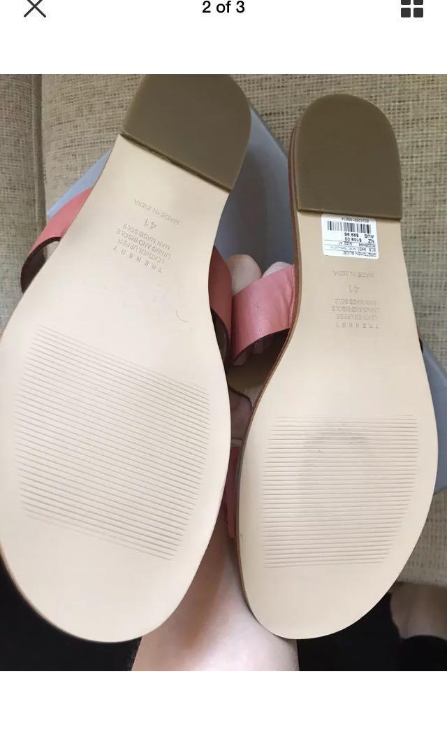BNIB Trenery Terracotta leather slides sz 41 rrp $99.95