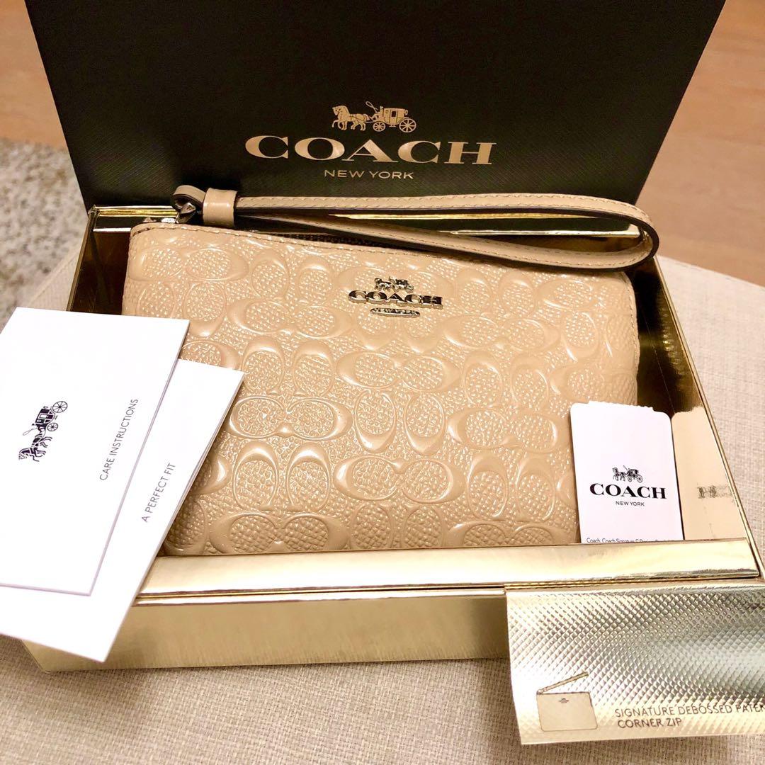 5b2b07b5ff761c 💝Coach Wristlet New Authentic BNWT, Women's Fashion, Bags & Wallets ...