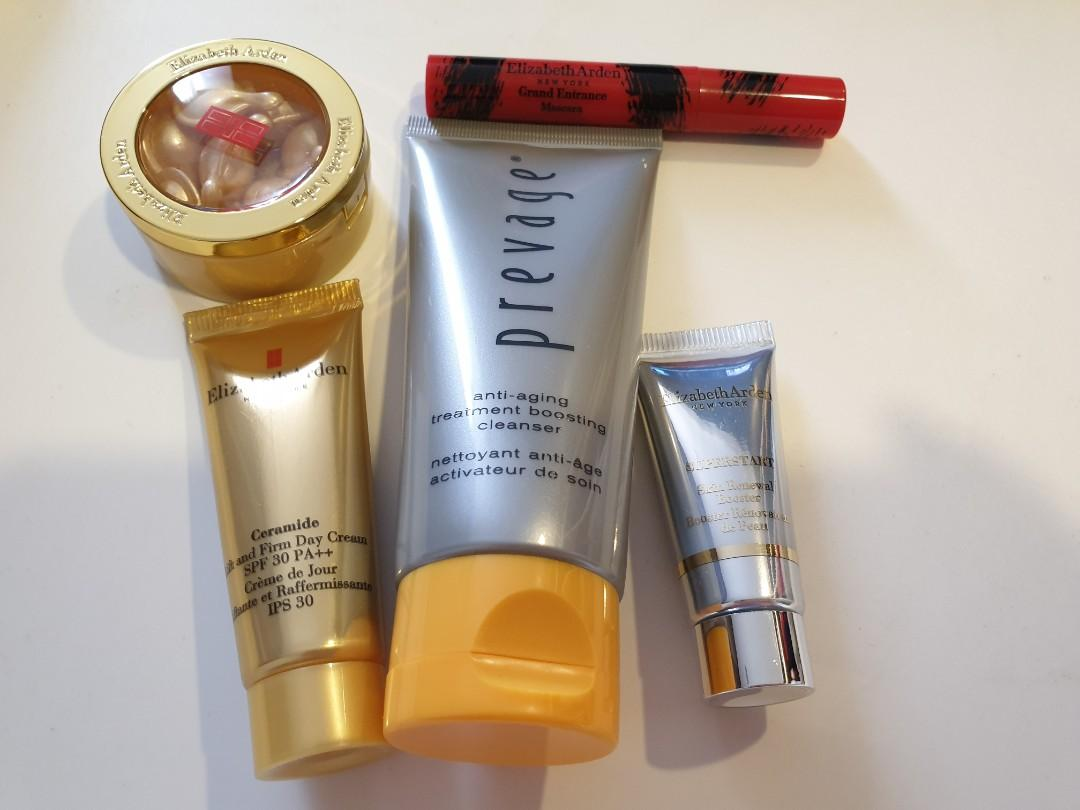 Elizabeth Arden skincare set sample