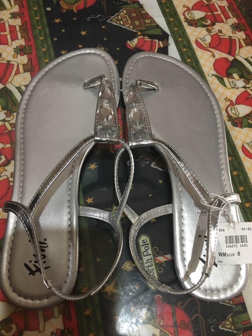 e2d9c3d00 Fioni silver flat sandals Size US 8