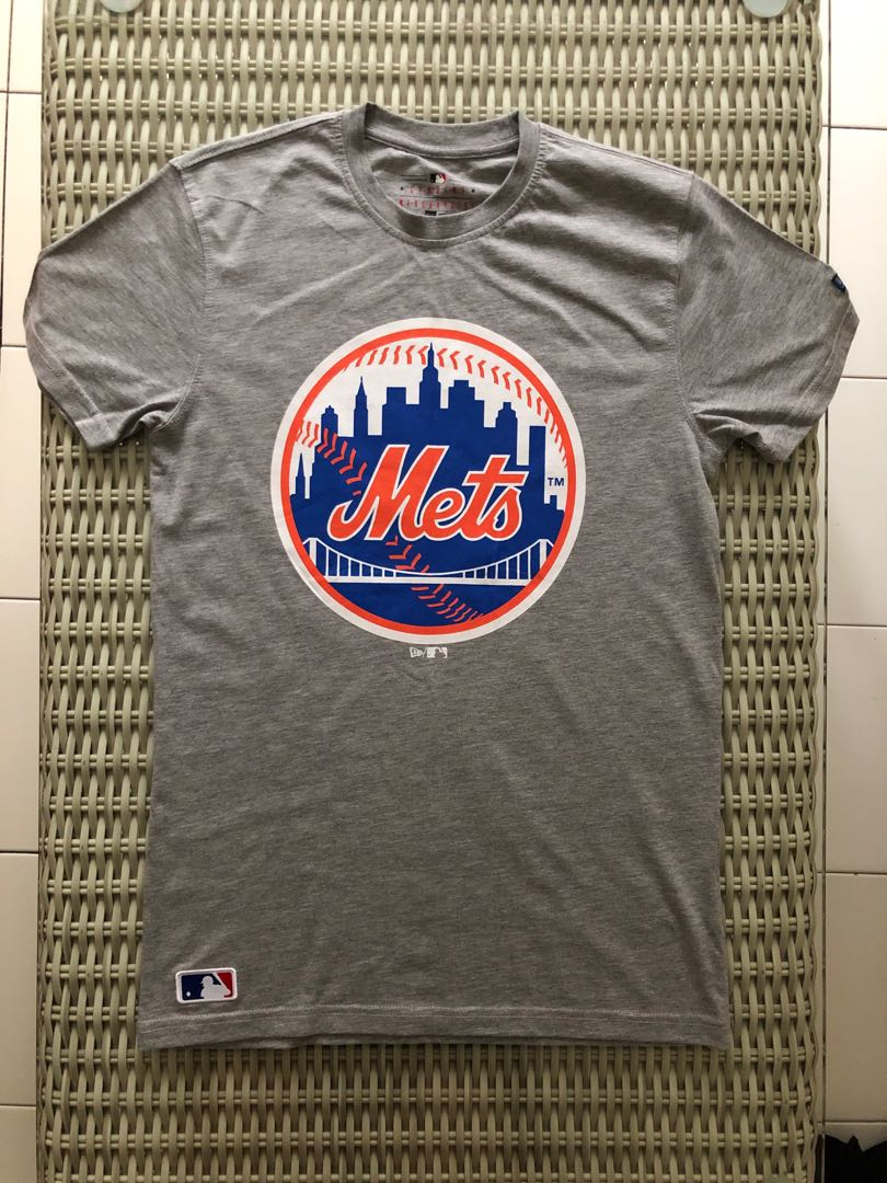 hot sale online fbb70 df642 New Era💯% Authentic heather grey New York Mets t-shirt for SGD$22 (size XS)