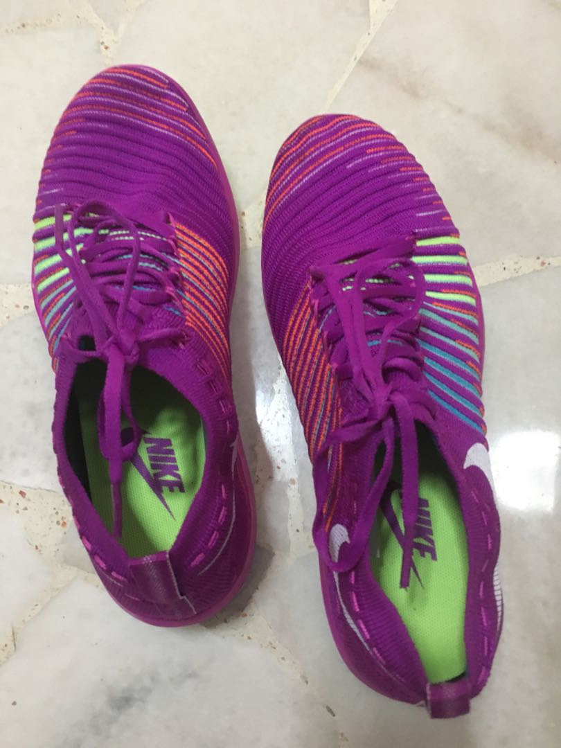 c9dbf8f0900a Nike Free shoes (real ones)