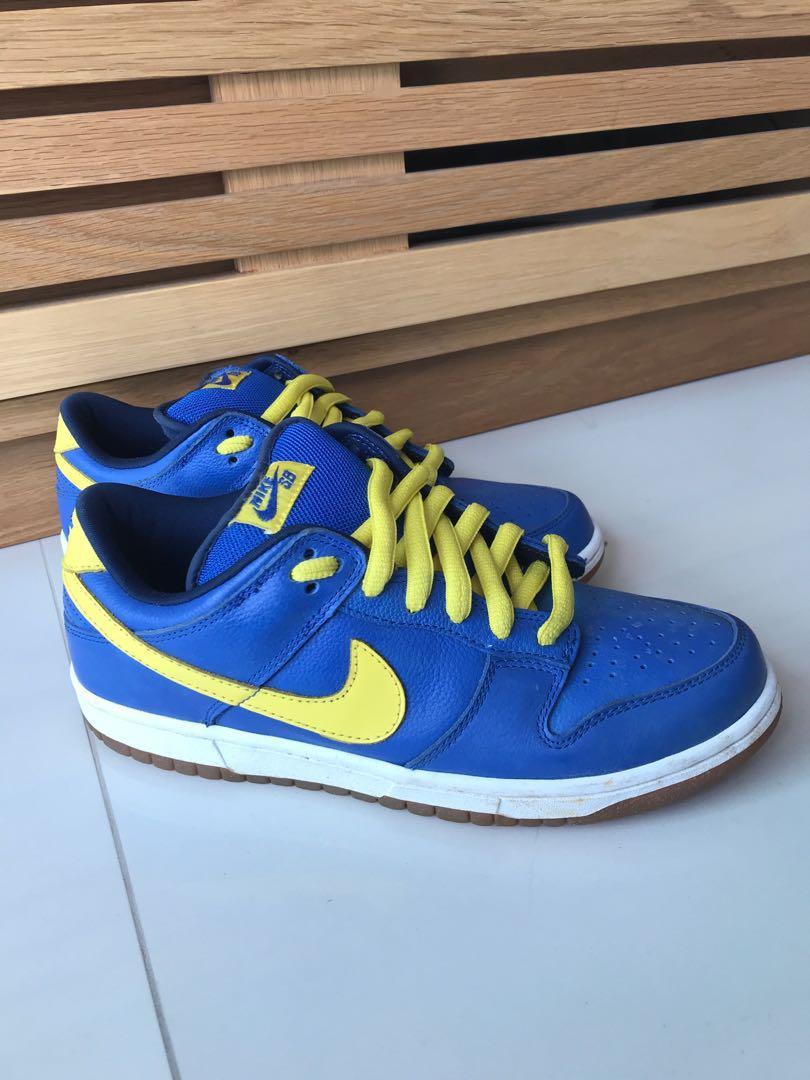 online store c0263 119f9 Nike Dunk Low SB Boca Juniors Colorway US 8.5, Men's Fashion ...