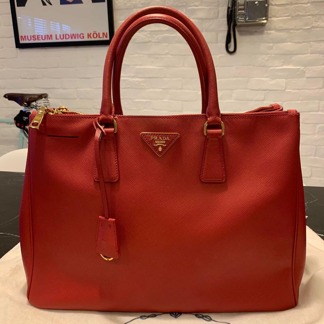 e5943a696306 PRADA Saffiano Lux Double Zip Large Tote Bag