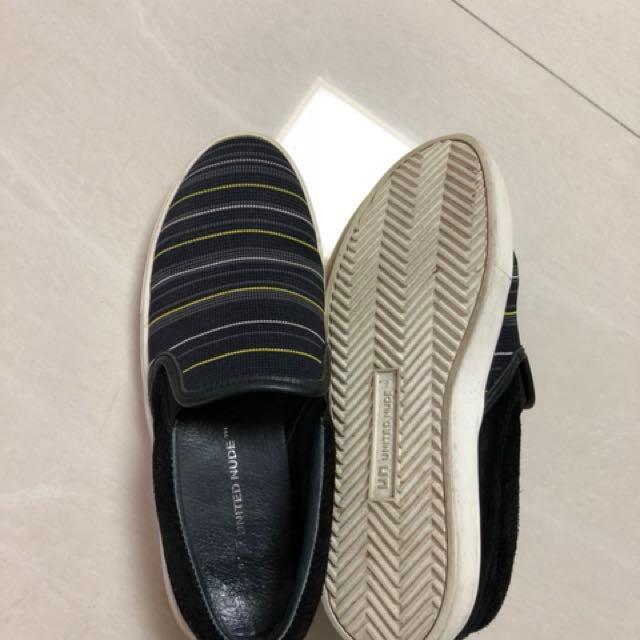 2c70bb2380 UN women shoe, Women's Fashion, Shoes on Carousell