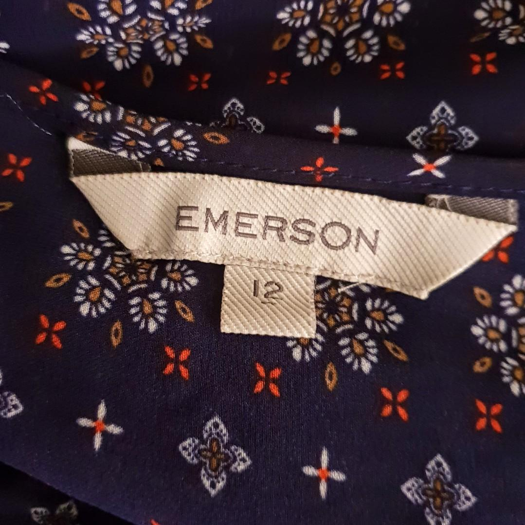 Women's size 12 'EMERSON' Gorgeous navy floral print long sleeved blouse -AS NEW