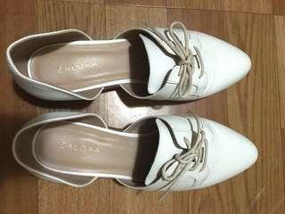 Zalora 純白牛津鞋