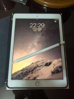 IPad Pro 9.7吋 128GB 玫瑰金 連apple pencil 極新少用