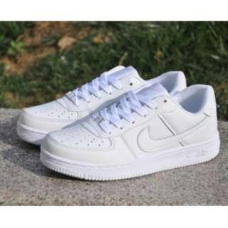 NIKE AIRFORCE1 LOWCUT (white)