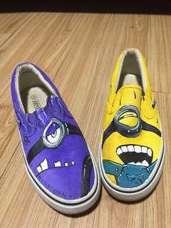 American Star Minion Sneakers / shoes / rubber shoes size 7