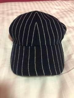 🚚 Navy blue and white striped cap