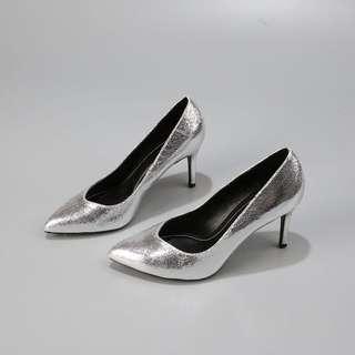 全新Zara姊妹牌Bershka銀色v口高跟鞋銀色高跟鞋尖頭8公分高跟鞋OL细跟鞋size38