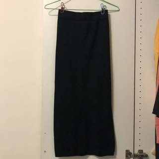 🚚 (二手) 黑色開岔針織裙 中長裙