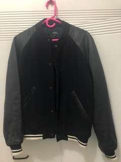 A.P.C. 黑色棒球外套
