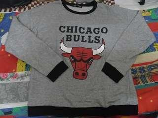 Chicago bulls sweatshirt