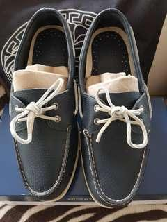 Sperry Shoes New size 11wide Leather  Navy