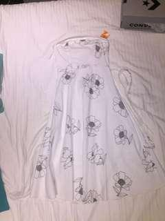 White floral strapless dress