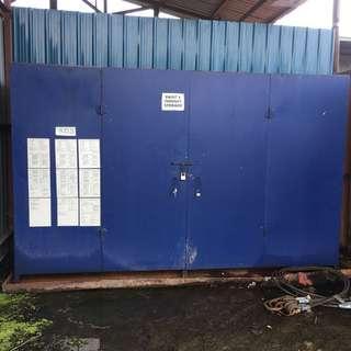 Steel toolbox cabinet
